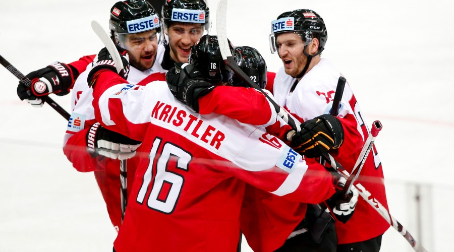 KATOWICE,POLAND,26.APR.16 - ICE HOCKEY - IIHF World Ice Hockey Championship, international match, Austria vs Italy. Image shows the rejoicing of Austria. Photo: GEPA pictures/ Matic Klansek