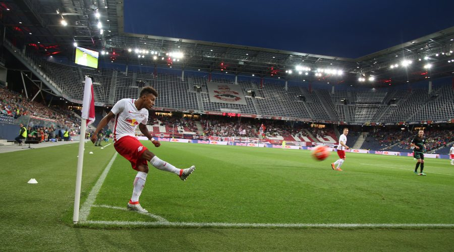 SALZBURG,AUSTRIA,12.JUL.16 - SOCCER - UEFA Champions League, qualification, Red Bull Salzburg vs FK Liepaja. Image shows Valentino Lazaro (RBS). Photo: GEPA pictures/ Harald Steiner