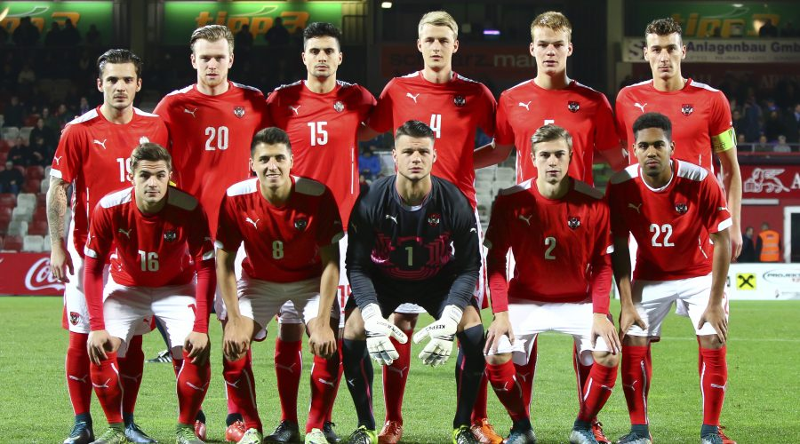 VIENNA,AUSTRIA,13.NOV.15 - SOCCER - UEFA European Under-21 Championship, qualifying, OEFB international match, Austria vs Finland. Image shows front row: Nikola Dovedan, Alessandro Schoepf, Daniel Bachmann, Andreas Gruber and Philipp Mwene (AUT); back row: Christoph Martschinko, Kevin Friesenbichler, Tarkan Serberst, Lukas Gugganig, Philipp Lienhart and Dominik Wydra (AUT). Photo: GEPA pictures/ Martin Hoermandinger