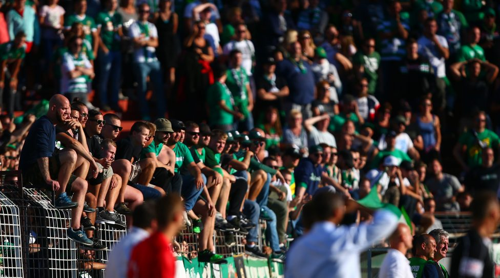 MARIA ENZERSDORF,AUSTRIA,13.AUG.17 - SOCCER - tipico Bundesliga, FC Admira Wacker Moedling vs SK Rapid Wien. Image shows fans. Keywords: Wien Energie. Photo: GEPA pictures/ Christopher Kelemen