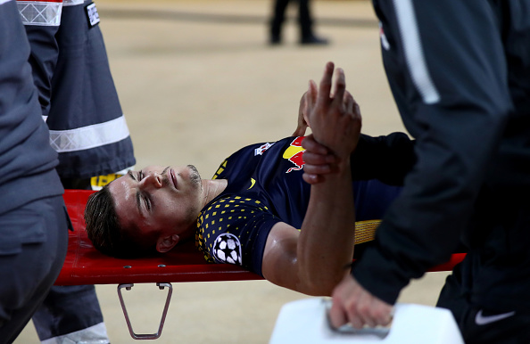 MONACO - NOVEMBER 21:  Marcel Sabitzer of RB Leipzig is stretchered off during the UEFA Champions League group G match between AS Monaco and RB Leipzig at Stade Louis II on November 21, 2017 in Monaco, Monaco.  (Photo by Michael Steele/Getty Images)