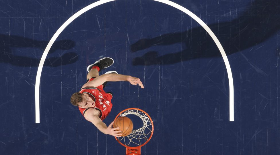 INDIANAPOLIS, IN - NOVEMBER 24: Jakob Poeltl #42 of the Toronto Raptors dunks the ball against the Indiana Pacers on November 24, 2017 at Bankers Life Fieldhouse in Indianapolis, Indiana. NOTE TO USER: User expressly acknowledges and agrees that, by downloading and or using this Photograph, user is consenting to the terms and conditions of the Getty Images License Agreement. Mandatory Copyright Notice: Copyright 2017 NBAE (Photo by Ron Hoskins/NBAE via Getty Images)