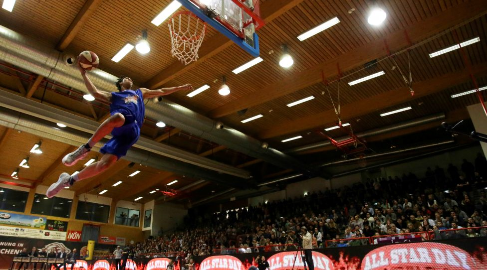 TRAISKIRCHEN,AUSTRIA,29.JAN.17 - BASKETBALL - ABL, Admiral Basketball League, All Star Day. Image shows the Snickers Slam Dunk contest. Photo: GEPA pictures/ Patrick Leuk