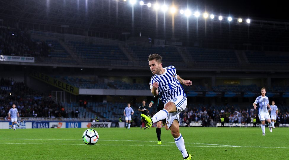SAN SEBASTIAN, SPAIN - SEPTEMBER 17:  Kevin Rodrigues of Real Sociedad de Futbol shoots towards goal during the La Liga match between Real Sociedad and Real Madrid at Anoeta stadium on September 17, 2017 in San Sebastian, Spain.  (Photo by David Ramos/Getty Images)