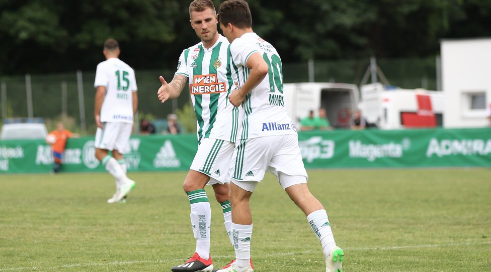KLOSTERNEUBURG,AUSTRIA,22.JUN.19 - SOCCER - tipico Bundesliga, Gebietsliga NOE, FC Klosterneuburg vs SK Rapid Wien, test match. Image shows the rejoicing of Thorsten Schick (Rapid) and Thomas Murg (Rapid). Keywords: Wien Energie. Photo: GEPA pictures/ Christian Ort