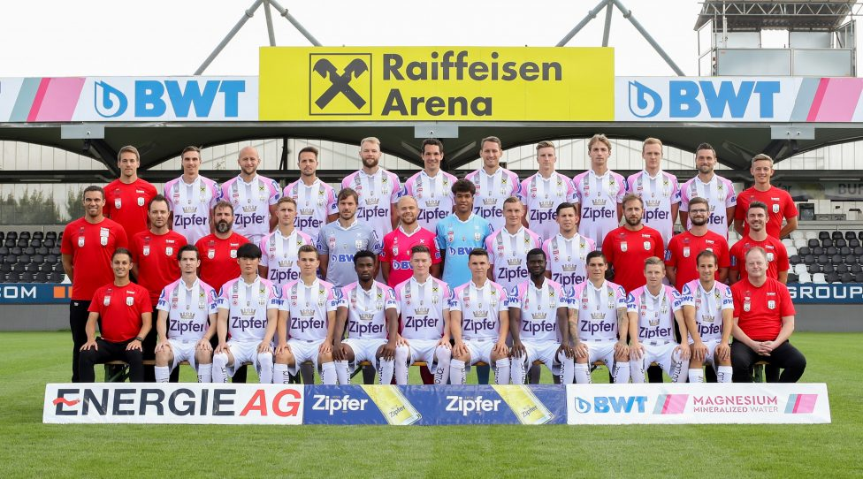 PASCHING,AUSTRIA,16.JUL.19 - SOCCER - tipico Bundesliga, Linzer ASK, team photo shooting. Image shows 1st row: assistant coach Daniel Nister, Thomas Sabitzer, Inpyo Oh, Valentino Mueller, Samuel Tetteh, David Schnegg, Dominik Reiter, Yusuf Otubanjo, Dominik Frieser, Maximilian Ullmann, Fabian Benko and equipment manager Klaus Fischill; 2nd row: head coach Valerien Ismael, team manager Georg Hochedlinger, assistant coach Andreas Wieland, Reinhold Ranftl, Thomas Gebauer, Alexander Schlager, Tobias Lawal, Thomas Goiginger, Peter Michorl, physical therapist Markus Morbitzer, physical therapist Michael Spreitzer and physical therapist Philipp Schopper; 3rd row: goalkeeper coach Philip Grossalber, Markus Wostry, Gernot Trauner, Rene Renner, Joao Klauss de Mello, Emanuel Pogatetz, Christian Ramsebner, Philipp Wiesinger, Marko Raguz, Stefan Haudum, James Holland and athletic coach Jan Kollmann (LASK) . Photo: GEPA pictures/ Christian Walgram