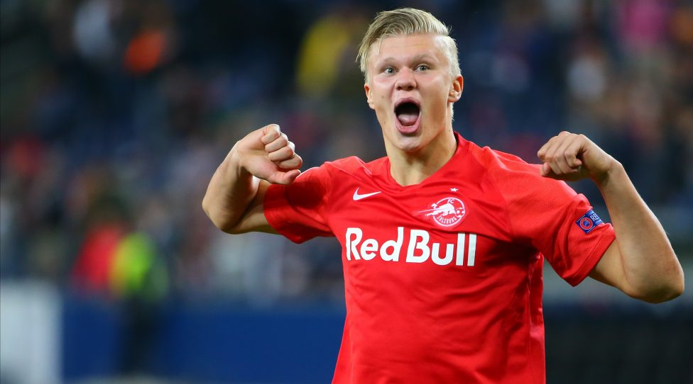 SALZBURG, AUSTRIA - SEPTEMBER 17: Erling Haaland of Salzburg celebrates the victory after the UEFA Champions League match between RB Salzburg and KRC Genk at Red Bull Arena on September 17, 2019 in Salzburg, Austria. (Photo by David Geieregger/SEPA.Media /Getty Images)