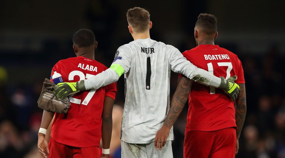 LONDON, ENGLAND - FEBRUARY 25: David Alaba and Manuel Neuer and Jerome Boateng of Bayern Munich at full time of the UEFA Champions League round of 16 first leg match between Chelsea FC and FC Bayern Muenchen at Stamford Bridge on February 25, 2020 in London, United Kingdom. (Photo by James Williamson - AMA/Getty Images)