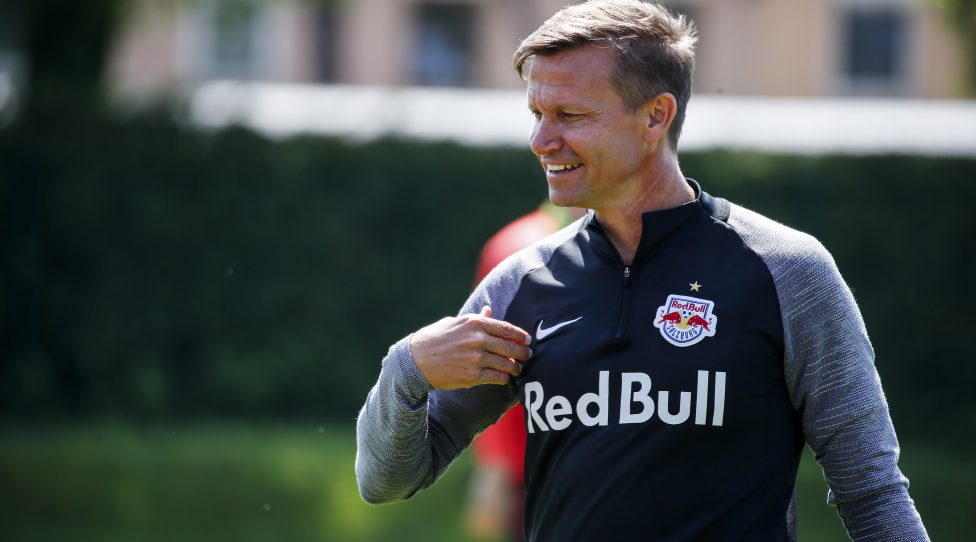 SALZBURG,AUSTRIA,27.MAY.20 - SOCCER - tipico Bundesliga, Red Bull Salzburg, training. Image shows head coach Jesse Marsch (RBS). Photo: GEPA pictures/ Jasmin Walter