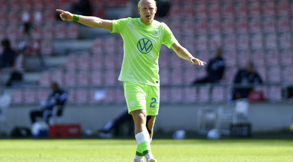 COLOGNE, GERMANY - AUGUST 29: (BILD ZEITUNG OUT) Xaver Schlager of VfL Wolfsburg gestures during the pre-season friendly match between 1. FC Koeln and VfL Wolfsburg at Franz-Kremer-Stadion on August 29, 2020 in Cologne, Germany. (Photo by Ralf Treese/DeFodi Images via Getty Images)